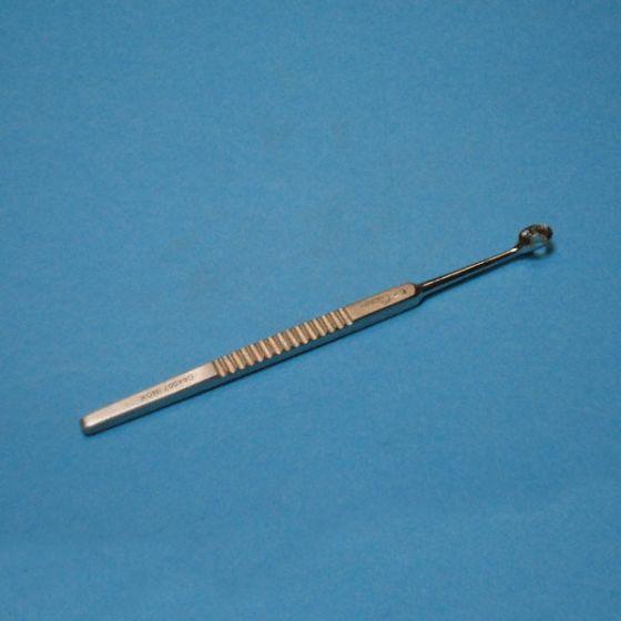 Curette Pédicurie Besnier-Lupus, fenêtrée, 7 mm