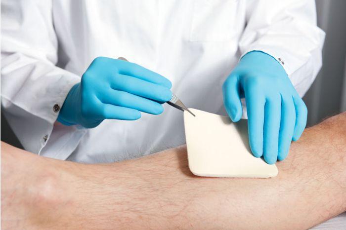 Gants d'examen en nitrile stérile sans poudre Peha-soft Hartmann Boîte de 100